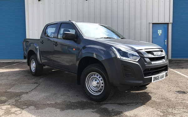 Isuzu DMax 2017 review front IMG 4966