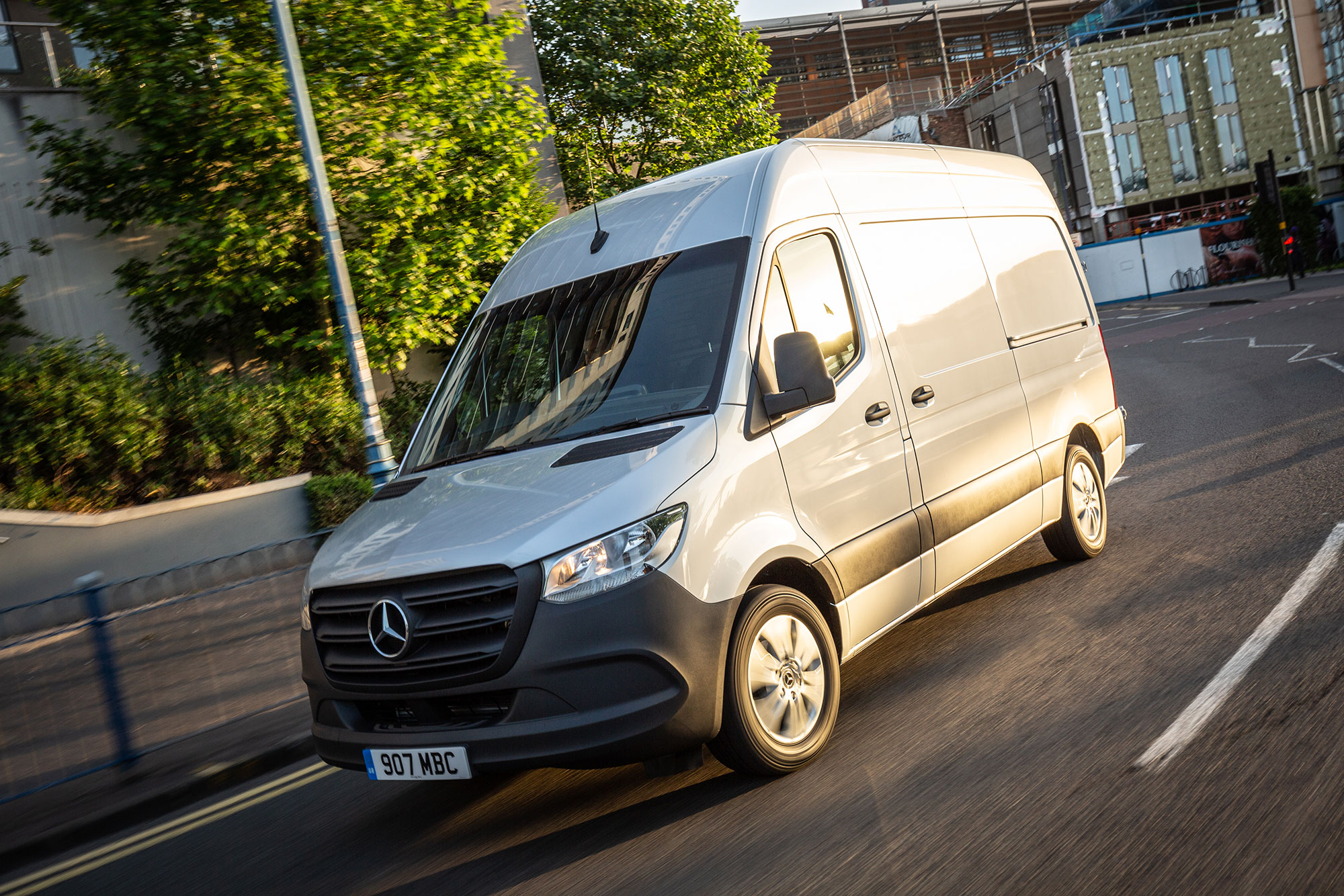 2019Mercedes BenzSprinter 8
