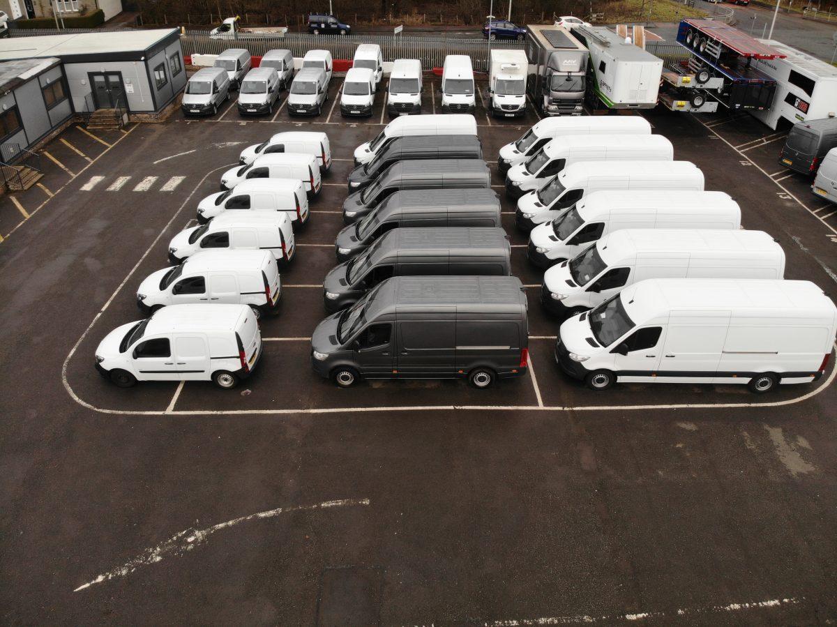 075 01 MV Commercial Van Centre 1200x899 1
